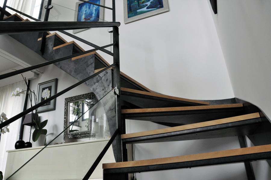 Création, fabrication et pose de votre escalier à double ...